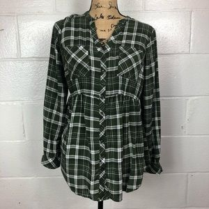 Torrid Button Up Plaid Top green size 10
